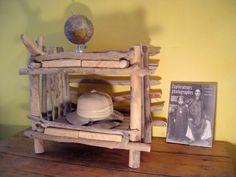 table de chevet en bois flotté de durance style explorateur