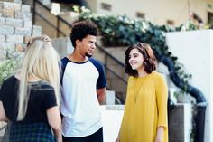 To really connect with your teenager you need to know what's on their hearts. To know the heart you need to listen to their words. Here are some tips to get the conversation started so you can connect with these important people. Important Life Lessons, Highly Sensitive, Lany, Bad Habits, Study Habits, Young People, Narcissist, Other People, Converse
