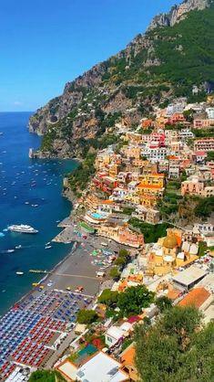 Amalfi Coast Tours, Amalfi Coast Italy, Positano Italy, Beautiful Places To Travel, Cool Places To Visit, Path Of The Gods, Costa, Aesthetic Photography Nature, Travel Aesthetic