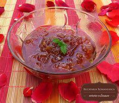 Dulceata de trandafiri Jam Recipes, Edible Flowers, Pickles, Food And Drink, Pudding, Canning, Eat, Desserts, People