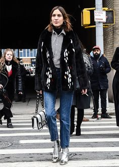 The Best NYFW Fall 2017 Street Style - Fall & Winter Fashion Outfit Ideas | New York Fashion Week F/W 17 | alexa chung