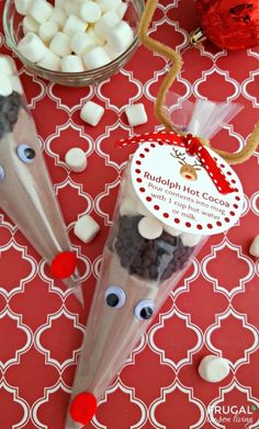 DIY Christmas Gift Ideas Rudolph Hot Cocoa from Frugal Coupon Living and 31 DIY Christmas Gift Ideas on Frugal Coupon Living.Rudolph Hot Cocoa from Frugal Coupon Living and 31 DIY Christmas Gift Ideas on Frugal Coupon Living. Christmas Gifts For Friends, Homemade Christmas Gifts, Homemade Gifts, Kids Christmas, Diy Gifts, Holiday Gifts, Christmas Crafts, Rudolph Christmas, White Christmas