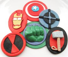 The AVENGERS Edible SUPERHERO Cupcake Toppers -  Super Hero cupcakes -  Fondant cupcake toppers - Comic Book, MOVIE Cupcakes (6 pieces)