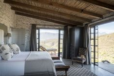 Blissfully comfortable off-the-grid hideaway in the Redhill Mountains with views of the Swartberg South African Homes, South African Design, African House, Rental Property, House Design, Luxury, Architecture, Napa Valley, Dinner Table