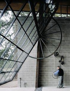 Winch pivoting steel frame window