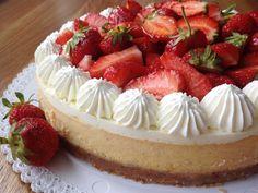Obrázek Mini Cheesecakes, Baked Goods, Panna Cotta, Food And Drink, Treats, Cupcakes, Sweet, Desserts, Blog