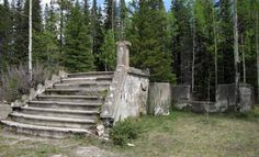 The remains of the church in Bankhead Alberta - Abandoned Architecture - Big City Buildings - Modern and Historical Buildings - City Planning - Travel Photography Destinations - Amazing Ugly and Beautiful Places Abandoned Buildings, City Buildings, Abandoned Places, Canadian Forest, Canadian Rockies, Urban Planning, Trip Planning, Banff National Park, National Parks