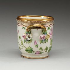 A ROYAL COPENHAGEN 'FLORA DANICA' WINE COOLER/CACHE POT, DENMARK, 20TH CENTURY.