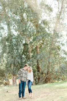 Casual Engagement Photo Outfit Ideas - Romantic, light and airy engagement photos in early spring. Casual Engagement Photos, Engagement Photo Outfits, Engagement Photo Inspiration, Engagement Shoots, Engagement Photography, Early Spring, Outfit Ideas, Fresno California, Photoshoot Style
