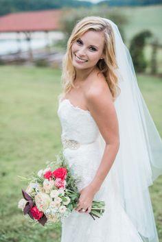Chic Country Wedding Inspiration | Open Image Studio Photography | Maplewood Farm Ohio | Reverie Gallery Wedding Blog