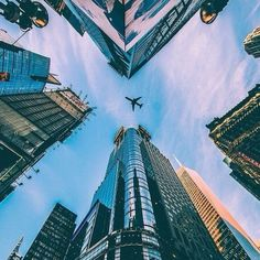 """""""Can we pretend that airplanes in the sky, are like shooting stars?"""". Pede um desejo!   #justbrands #inspiration #wish #sky #stars #planes #street #fashion"""
