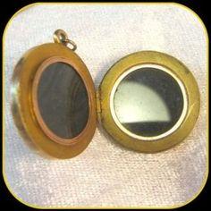 Antique Reverse Intaglio Essex Crystal Dbl Photo Locket 10ct 10k