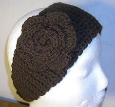 """I know a few folks who crochet. I just wonder if one of 'em would make me one of these """"Easy Crochet Headband""""s. Crochet Crafts, Yarn Crafts, Free Crochet, Knit Crochet, Simple Crochet, Crochet Granny, Easy Crochet Headbands, Crochet Headband Pattern, Knitted Headband"""