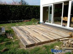 1000 id es sur le th me terrasse en palette sur pinterest for Terrasse de jardin en palette