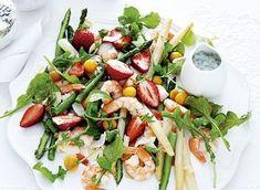 Salada e camarões com molho de coco BeautyList