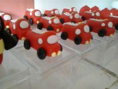 carros de bombeiro feito de biscuit