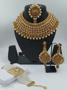 Checkout this latest Jewellery Set Product Name: *jewellery set for womens * Country of Origin: India Easy Returns Available In Case Of Any Issue   Catalog Rating: ★4.4 (216)  Catalog Name: Twinkling Unique Jewellery Sets CatalogID_1180000 C77-SC1093 Code: 695-7358168-4161