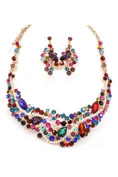 Emmaline Crystal Statement Necklace Set on Emma Stine Limited Fashion Jewelry Necklaces, Fashion Earrings, Beaded Jewelry, Jewlery, Jewelry Accessories, Fashion Accessories, Fine Jewelry, Handmade Jewelry, Beaded Necklace