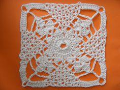 Связать крючком Ажукрный квадрат.Crochet piazza Azhukrny.