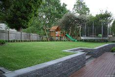 55 Best Backyard Playground Design Ideas - Best Home Decor Ideas Backyard Retaining Walls, Sloped Backyard, Sloped Garden, Large Backyard, Small Backyard Landscaping, Backyard Patio, Retaining Wall Steps, Landscaping Ideas, Backyard Planters