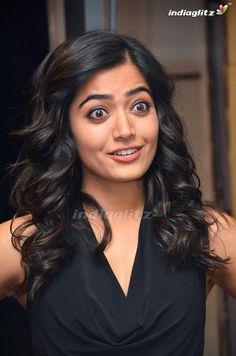 Rashmika Mandanna Cute Face And Expression South Indian Actress Photo, Indian Actress Hot Pics, Indian Actresses, South Actress, Most Beautiful Bollywood Actress, Bollywood Actress Hot Photos, Beautiful Actresses, Bollywood Outfits, Beautiful Girl Photo