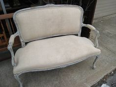 This settee is GORGEOUS! Love the lines; and the fabric...*sigh*, I'm speechless.