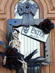 Easy Front Porch D.I.Y.s for Halloween - Outdoor decorations for Halloween - Redbook