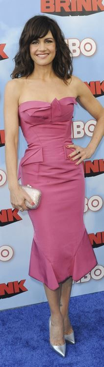Carla Gugino: Dress – Zac Posen  Shoes – Christian Louboutin  Purse – Judith Leiber  Jewelry – Neil Lane