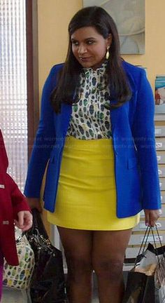 Mindy's bug printed top and yellow skirt on The Mindy Project.  Outfit Details: http://wornontv.net/40219/ #TheMindyProject