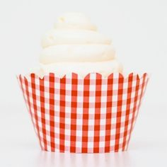 Vintage cowboy theme party - gingham cupcake wrappers