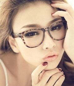 Big Framed Fashion Glasses : 1000+ images about Glasses on Pinterest Glasses frames ...