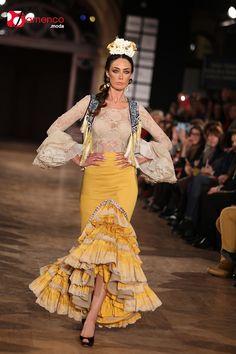moda added a new photo. Flamingo Dress, Diy Fashion, Fashion Ideas, Formal Dresses, Model, Flamenco Dresses, Clothes, Northern Soul, Tango