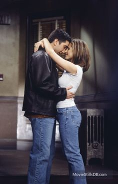 """Friends"" David Schwimmer and Jennifer Aniston"