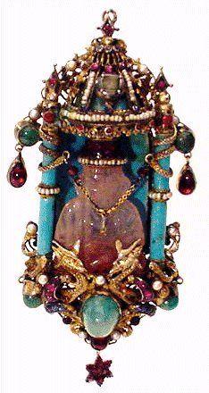 Austro-Hungarian carved rose quartz Buddha, 1820-1850.  Ooh!-Aah! Antique Jewlery (http://www.iwaynet.net/~oohaah/nu1800.htm).