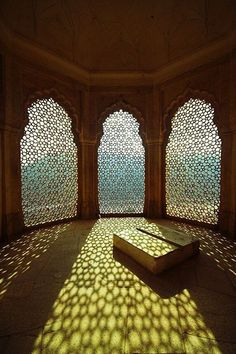This conservatory is located on the south side of the Amber Fort in Jaipur, India.