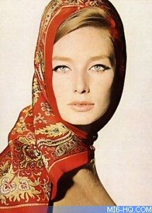 pure elegance...Tania Mallet
