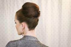 The Freckled Fox: Holiday Hair Week: The Party Bun