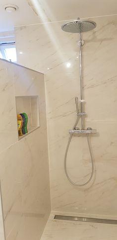 Decor, House Design, House, Shelves, Interior, Glass Bathroom Shelves, Bathroom Shelves, Bathroom, Bathtub