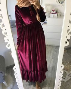 velvet maroon maxi dress-Maxi dresses with hijab styles – Just Trendy Girls Abaya Fashion, Muslim Fashion, Skirt Fashion, Fashion Dresses, Eid Outfits, Pakistani Outfits, Dress Outfits, Maxi Dresses, Style Hijab Simple