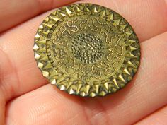 Vintage Gilt bronze Tunic Dandy button artifact Metal detecting detector  £13