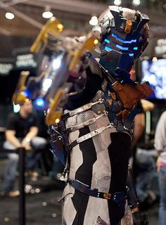 Dead Space (Cosplay) - One of the most awesome things I have ever seen 0.0