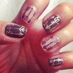 Nail Art #12: Brown and gold arrows