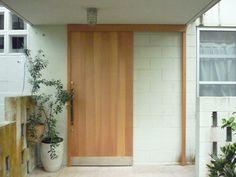 木製ドア、建具:オーダーメイド家具製作 沖縄仏壇製作                     アーチドア 木製ドア ふすま 障子製作いたします