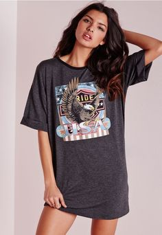 Throw - on - and - go this super effortless style fix. You'll be looking totally kickass in this oversized jersey T-Shirt dress, check it out, the American eagle motif is eye-catching. Style this beauty with some black ankle boots and a lea...