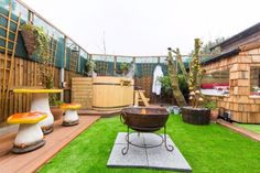 A Secret Garden - Romantic stay for 2 in a converted wooden hut, offers a fun and quirky hideaway in a secluded garden with a private Hot Tub