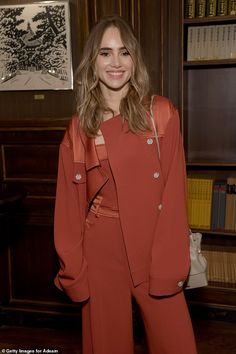 Suki Waterhouse nails androgynous chic in a terracotta jumpsuit at Adeam dinner during NYFW New York Fashion, Retro Fashion, Older Women Fashion, Womens Fashion, Cuba, Suki Waterhouse, The Hollywood Reporter, Blonde Beauty, Instagram Models