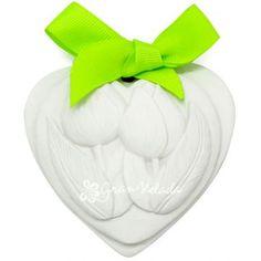 Detalle de boda económico, Figura de escayola perfumada modelo Tulipanes. Personalizable, puedes elegir el color del lacito, incluye además la tarjeta para personalizar con el nombre de los novios o el texto que más te guste..