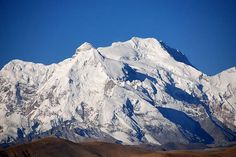 Body of Renowned Mountain Climber Found in the Himalayas, check it out at http://survivallife.com/alex-lowe-body-found/