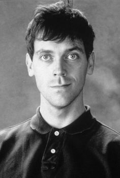 Hugh Laurie in his youth parecido a robbie williams???!