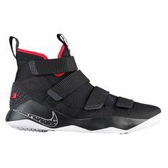 new concept 38a44 7c58c Team Usa Basketball, White Basketball Shoes, Nike Lebron, Foot Locker,  Lebron James
